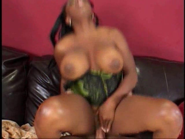 Slim Thick Ebony Riding Bbc