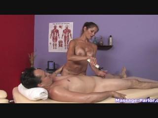 A regular massage turned into a hot handjob - 11