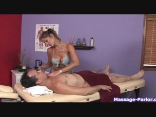 A regular massage turned into a hot handjob - 4