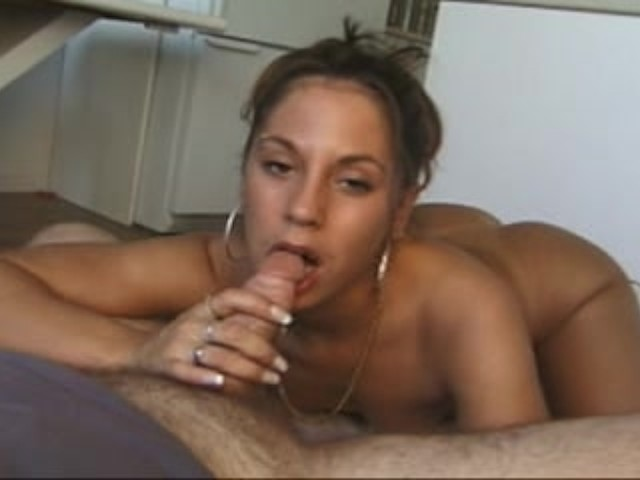 She Wakes Up Dick Inside Her