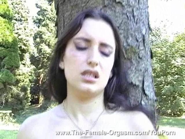 Sexy Solo Female Orgasm