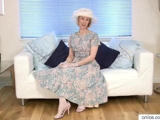 Masturbation/a fucks housewife mature cucumber