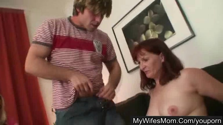Turned on housewife gets fucked twice vintage movie