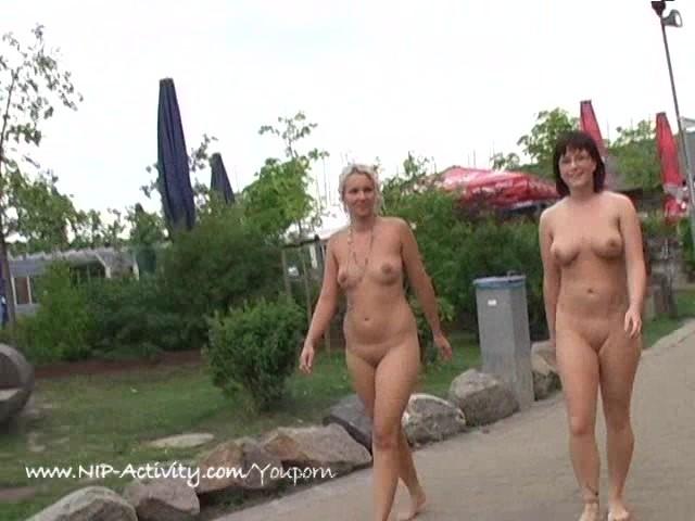 Girl Nude Public Pissing
