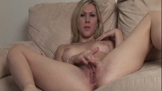 Samatha shows off her fuck hole
