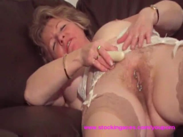 Young fingers pussy panties porn