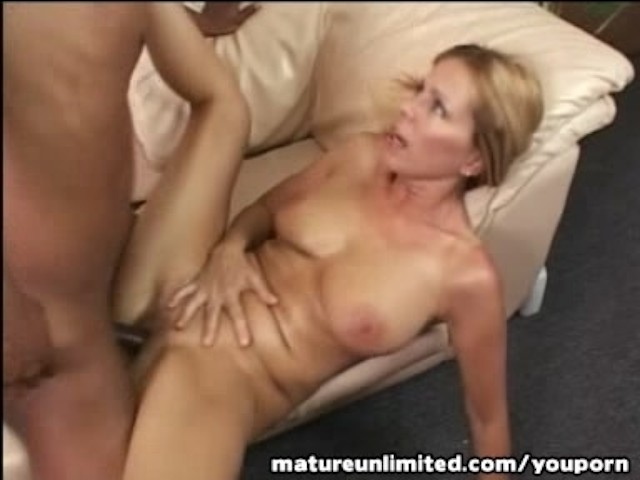 Lesbian Creamy Squirt Eating