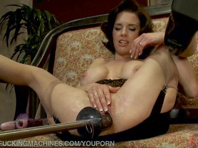 Latina Fuck Machine Squirt