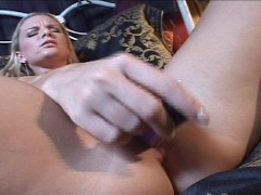 Picture Cassie Courtland plays with herself