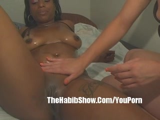 Ebony thotty Lesbo along with Pawg p2