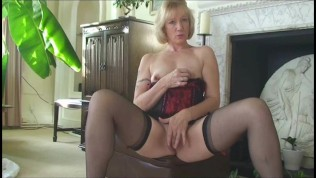 High Class Milf With Perfect Body