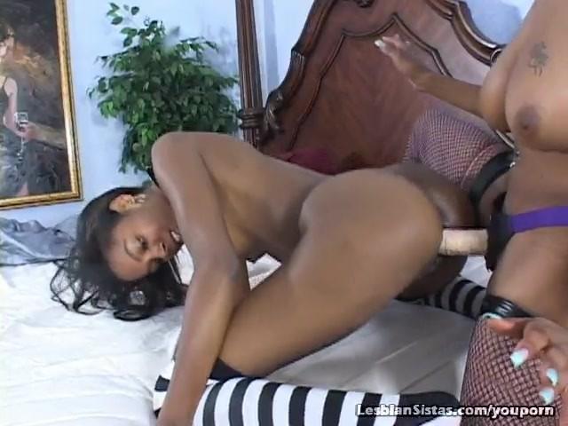 Latina Lesbian Webcam Squirt