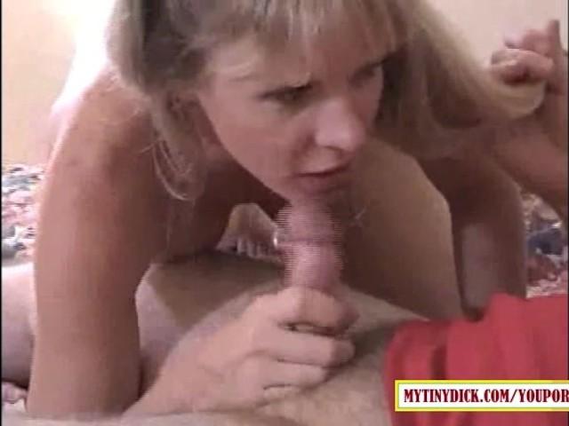 Amateur Blonde Sucks Big Cock