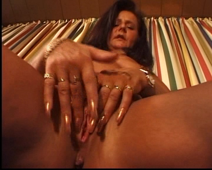 Mature solo xxx movie