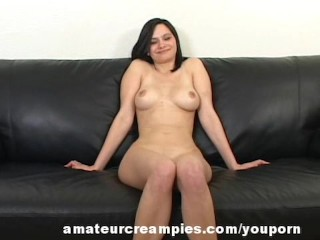 Jessie Beautiful Amateur Hot Cream on her Pussy