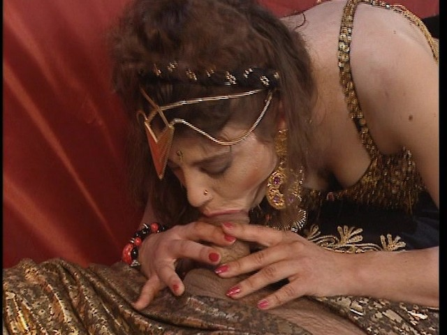 Lesbian gypsy bride's family does everything they can to stop same
