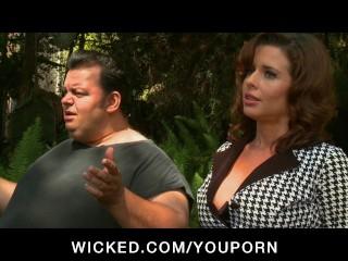 MATURE BIG TIT CHEATING WIFE MILF PORNSTAR FUCKS O