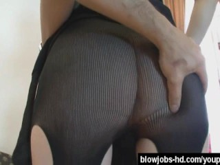 Cute curly haired slut receives nasty cumshot - 4