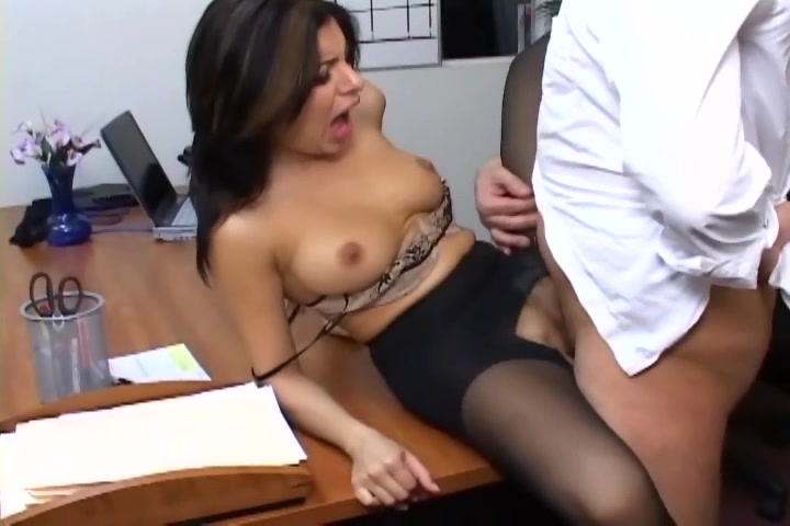 Naked girls games and videos