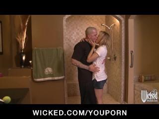 Horny flexible blonde slut sucks & fucks hard-dick in the shower