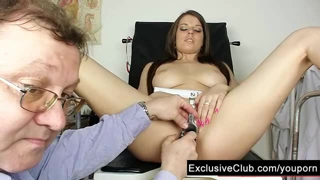 special extreme speculum pussy