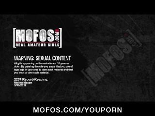 Big-tit brunette Melina Mason rides big-dick fresh out the shower