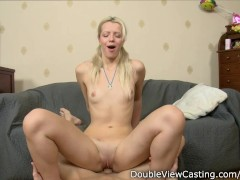 Picture Pretty blonde Young Girl 18+ does anal and g...