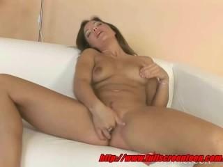 Amateur Shaloma with shaved pussy masturbates