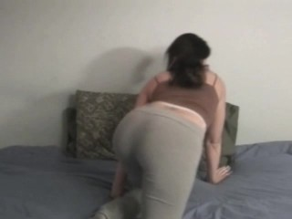 Busty Elisha gets oral turn-on from EdPowers