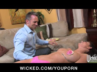 Kendall Karson loves to be licked sucked and fucked