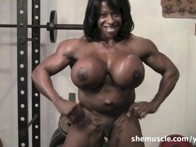 Bodybuilder Ebony Porr