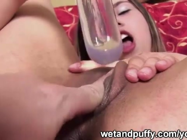 Sexy Black Girl Playing Pussy