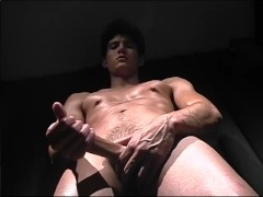 Picture Muscle Man Jerks Off - CUSTOM BOYS