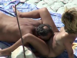 Mommy and pa banged on a public seashore