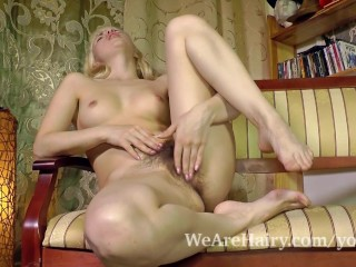 Hairy girl Sasha K plays with green fishnets