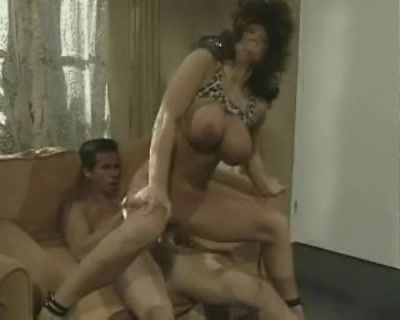 Hot sexy blondes gina and beata gets pussyeaten XXX