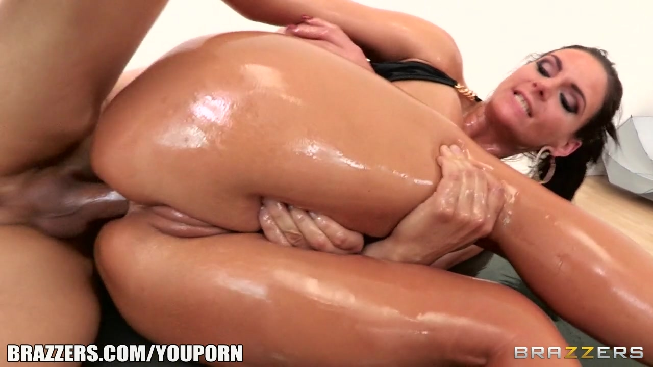 Sexy oil and anal