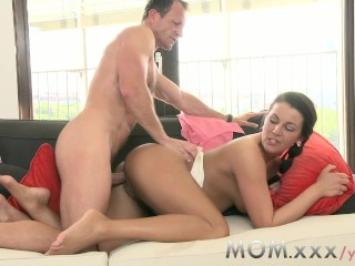 MOM Old woman Brunette acquires creamed