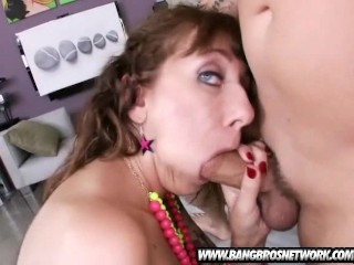 The 34F Jugs This Chick Has Is Amazing