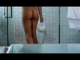 PornPros  Hot girlfriend bathes in milk and cum