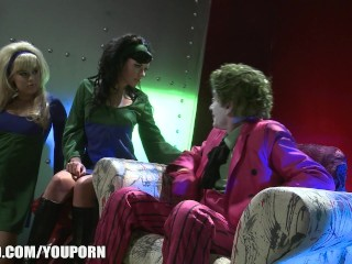 The Joker cheats on Harley Quinn with two of his minions