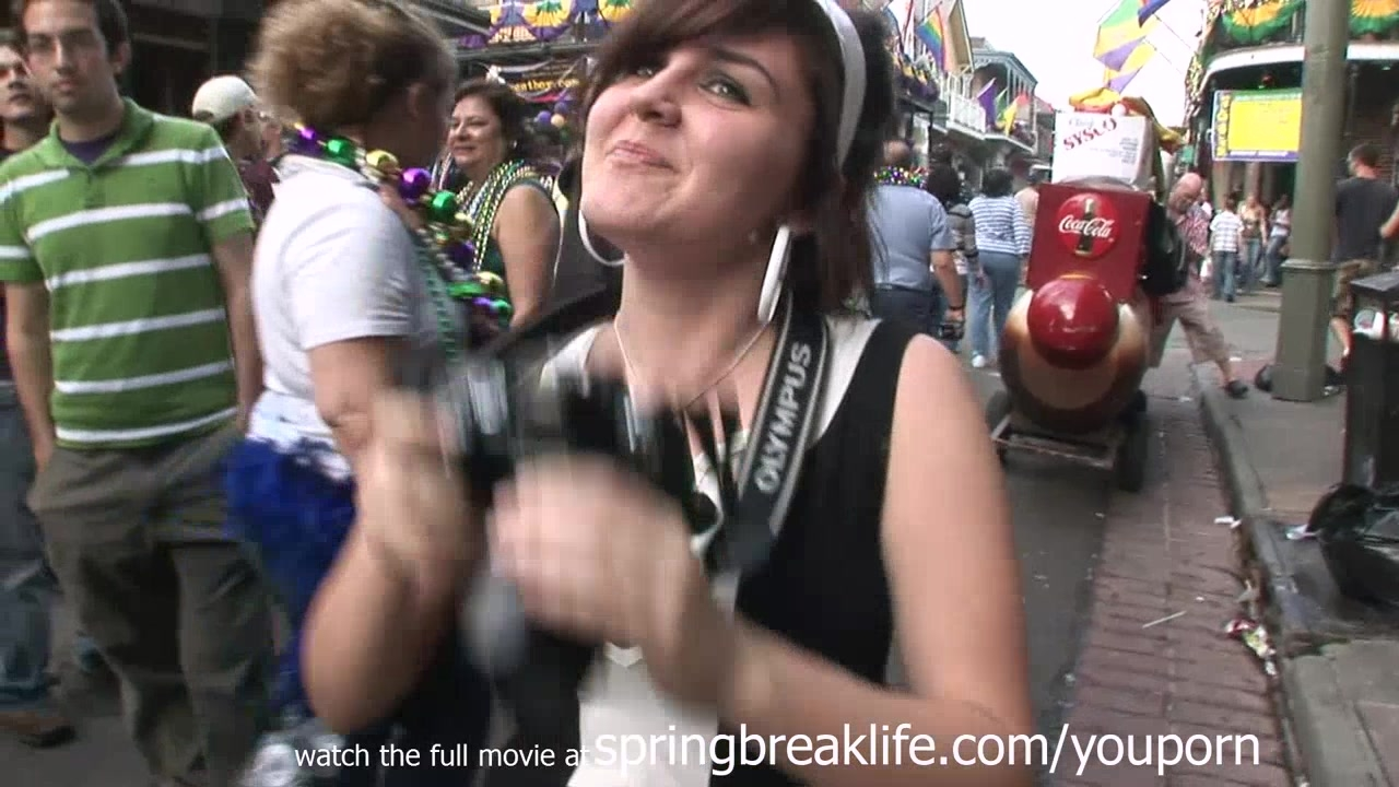 Blonde mardi gras masturbation