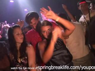 real amateur teen girls upskirt clubbing