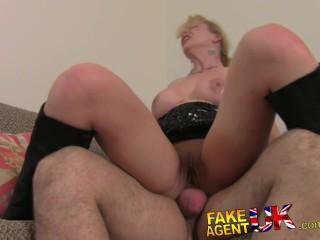 FakeAgentUK Filthy sexy Italian whore in anus casting