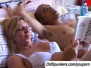 Xena is a very sexy older lady who loves to fuc