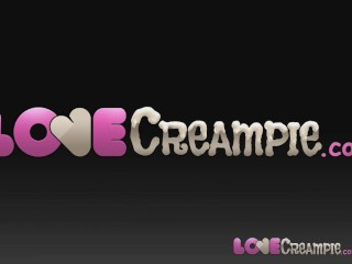 Love Creampie Horny Barmaid gets internal cumshot on the bar table