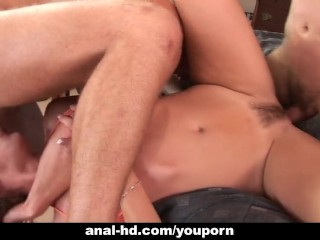 Horny anal babe Lauren Phoenix gets double penetration