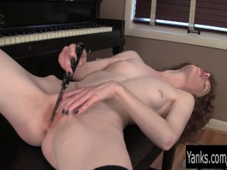 Goth Hottie Staci Pussy rubbing Her Cunt With Knife