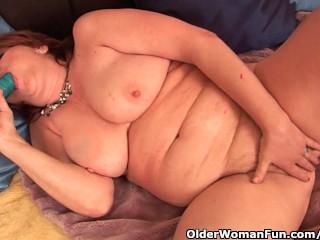 Full figured grandma with giant boobs needs orgasm