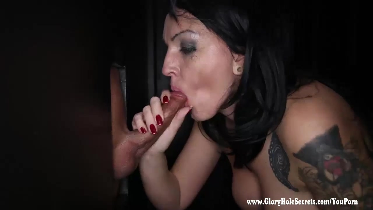 Kitty squirting orgasm creampie
